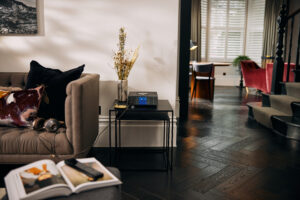 Naim Audio - Lifestyle00177 - Sofa Clear MG