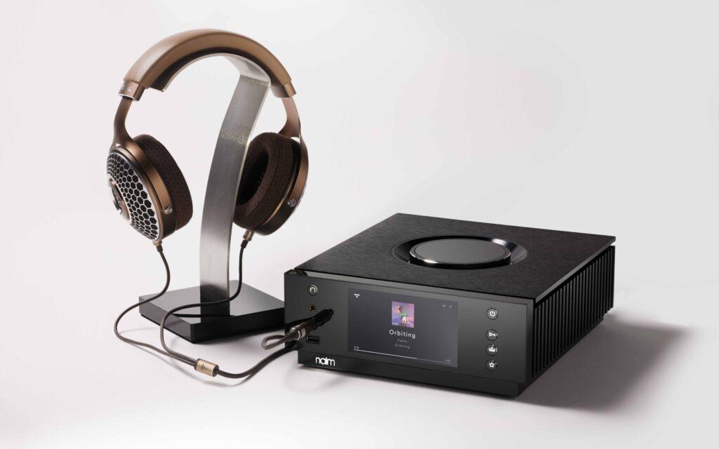 Naim Audio - White - Uniti Atom HE Front Three Quarter Headphones Clear MG 001a