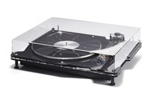 Vertere DG-1 Dynamic Groove Record Player_Cover